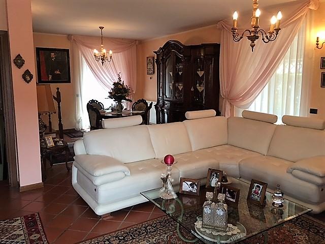 Villa con giardino – Rif. 785