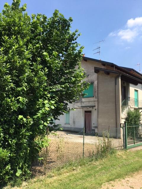 Porzione di casa con 2 unità immobiliari – Rif. 795